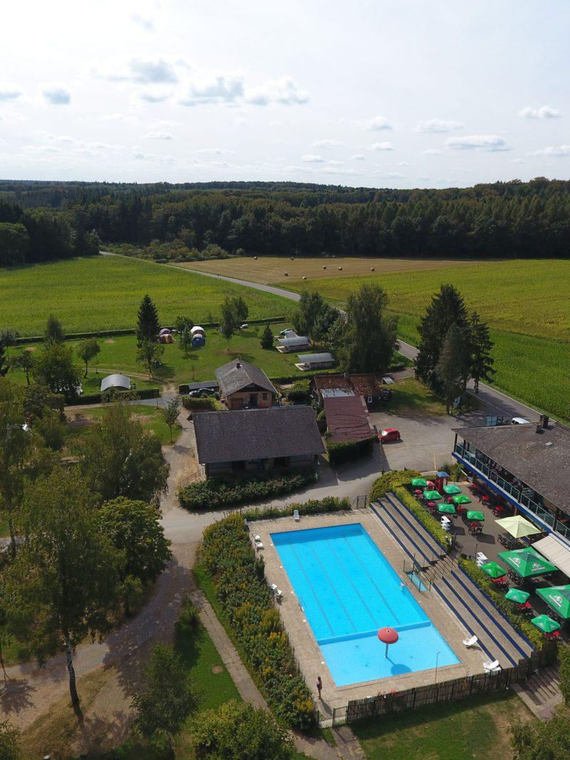 auf kengert zwembad drone