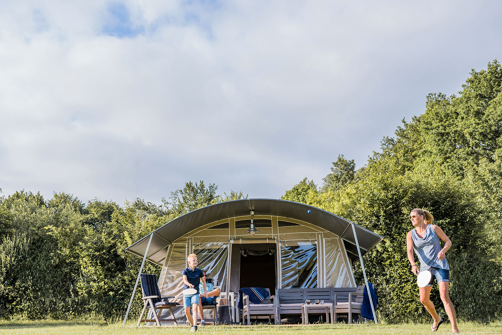 spelen tent country camp